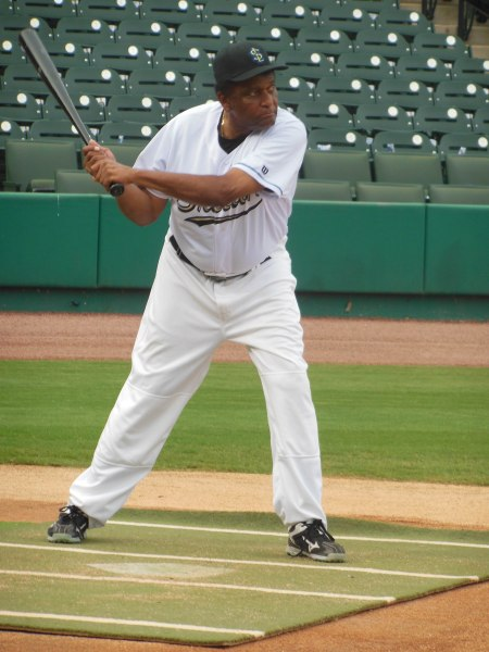 Charlie Pride took about 25-30 practice swings from the BP tosses of Scipio Spinks while he was on the field. He hit the ball hard, lining several for clean hits into the outfield gaps. - Pretty darn good for a man in mid to late 70's.