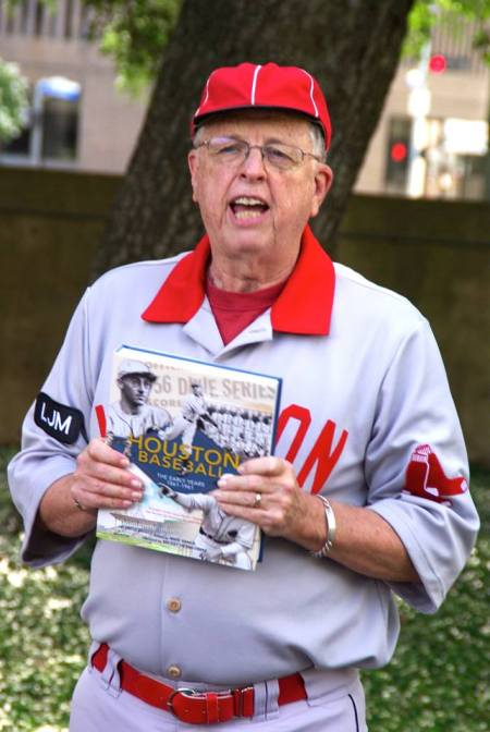 SABR Chair Bob Dorrill, in Houston Babies gar, was our Pecan Park Eagle coverage reporter at West End Park.