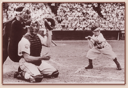 Eddie Gaedel In His One MLB Time at Bat August 19. 1951